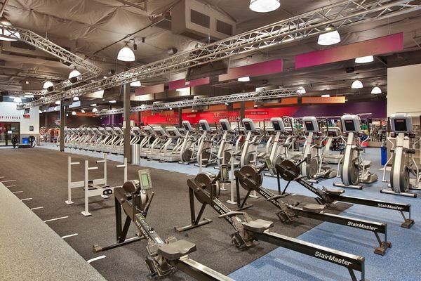 Crunch Fitness Marbach 8715 Marbach Rd San Antonio Tx Personal Trainers Mapquest