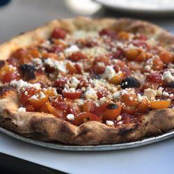 Pizzeria Delfina - Mission