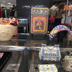 sale retailer 76422 181e2 Dolce & Gabbana Outlet - 24 Reviews - Outlet Stores - 48400 ...