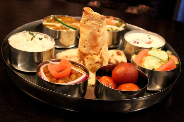 thumka indian bar and grill