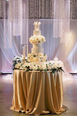 Photo of Shelby Lynns Cake Shoppe - Springdale, AR, US. Wedding cake!