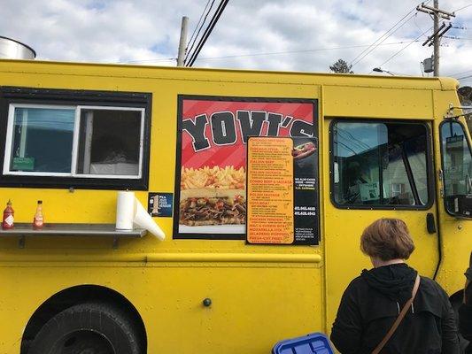 Yovi's Food Truck