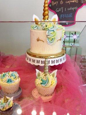 Terrific Gigis Cupcakes Of Savannah 84 Photos 52 Reviews Bakeries Funny Birthday Cards Online Alyptdamsfinfo