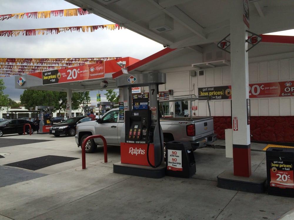 Ralphs Gas Station >> Ralphs Gas 20 Reviews Gas Stations 21940 Ventura Blvd