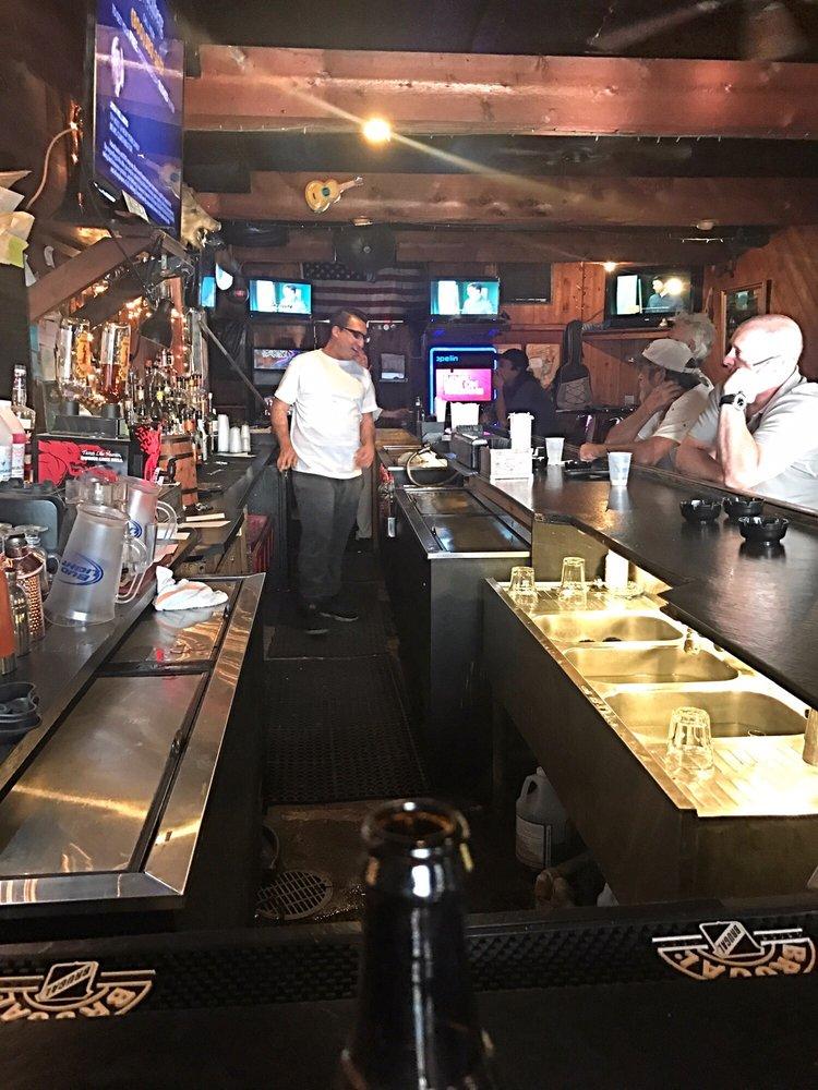 spinnakers bar& grill - order food online - 10 reviews