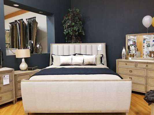 Marlo Furniture Warehouse Showroom, Marlo Furniture Reviews