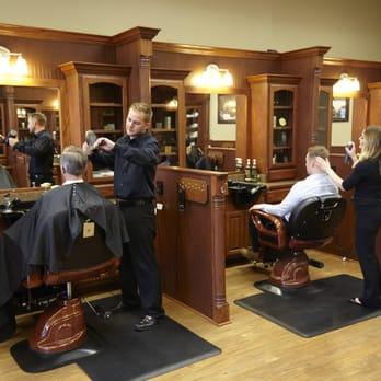 Roosters Men S Grooming Center 28