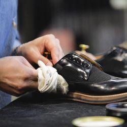 sports shoe repair near me