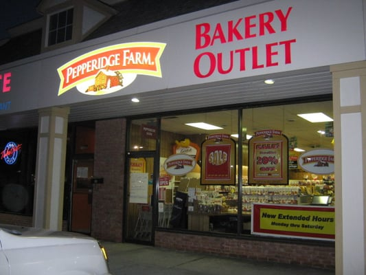 Pepperidge Farm Bakery Outlet 1174 Kenny Centre Mall Columbus Oh Bakeries Mapquest