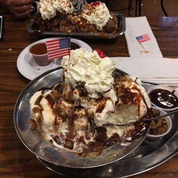 Jaxson S Ice Cream Parlor And Restaurant Social Distancing Observed 2716 Photos 1429 Reviews Ice Cream Frozen Yogurt 128 South Federal Hwy Dania Beach Fl Restaurant Reviews Phone Number Menu Yelp
