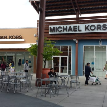 michael kors outlet tulalip