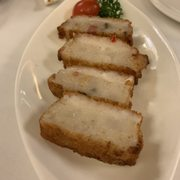 Photo of 富聲魚翅海鮮酒家 - Hong Kong. Daikon cake