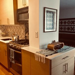 Best Kitchen Cabinet Stores Near Me January 2021 Find Nearby Kitchen Cabinet Stores Reviews Yelp