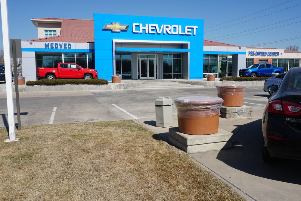 Medved Chevrolet 16 Photos 62 Reviews Car Dealers 11001 W I 70 Frontage Rd N Wheat Ridge Co Phone Number Yelp
