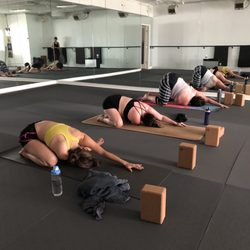 Best Hot Yoga Classes Near Me August 2020 Find Nearby Hot Yoga Classes Reviews Yelp