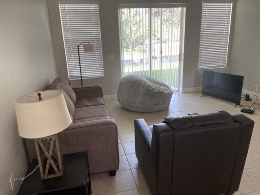 Cort Furniture Al 7817 N Dale Mabry, Cort Furniture Tampa