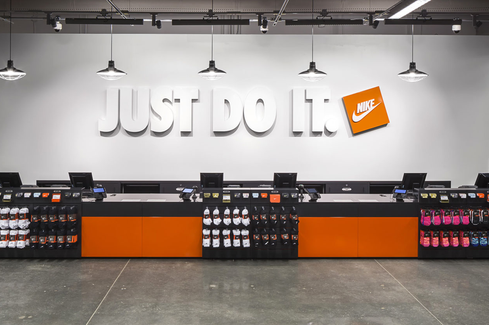 Roux hielo Es barato  Nike Factory Store - Shoe Stores - 36698 Bayside Outlet Dr, Rehoboth, DE -  Phone Number - Yelp