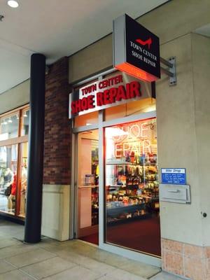 Town Center Shoe Repair 16448 NE 74th
