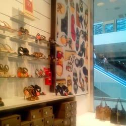 Les meilleur(e)s Magasins de chaussures près de Confluence