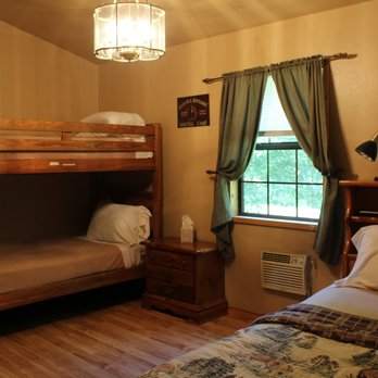 Dragon S Rest Cabins 26 Photos 11 Reviews Hotels 157 Tallulah Cartway Robbinsville Nc Phone Number