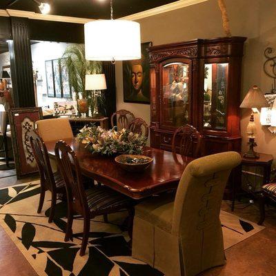 Invio Fine Furniture Consignment 13, Furniture On Consignment Wichita Ks