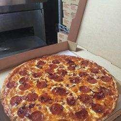 Leoni S Pizzeria