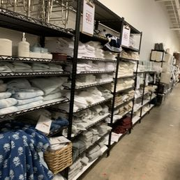 Pottery Barn Outlet - 134 Photos & 97 Reviews - Furniture ...