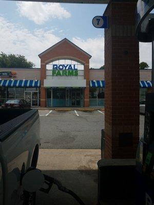 Royal Farms 1 Augustine Herman Hwy Elkton Md Gas Stations Mapquest