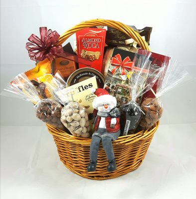 Red Red White Gift Baskets - 20 Photos