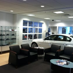 Herb Chambers Bmw Of Boston 49 Photos 293 Reviews Car Dealers 1168 Commonwealth Ave Allston Brighton Boston Ma Phone Number Yelp