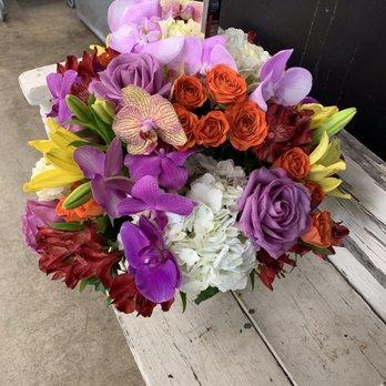 Mina Flower Design 41 Photos 30 Reviews Florists 1918 E