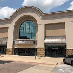 Dillards Department Store - 2101 Promenade Blvd, Rogers, AR