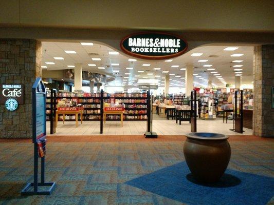 Mesilla Valley Mall 700 S Telshor Blvd