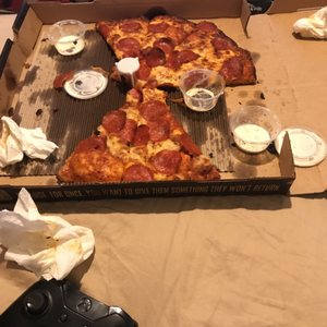 Round Table Pizza Updated Covid 19 Hours Services 41 Photos 57 Reviews Pizza 722 W Onstott Frontage Rd Yuba City Ca Restaurant Reviews Phone Number Yelp