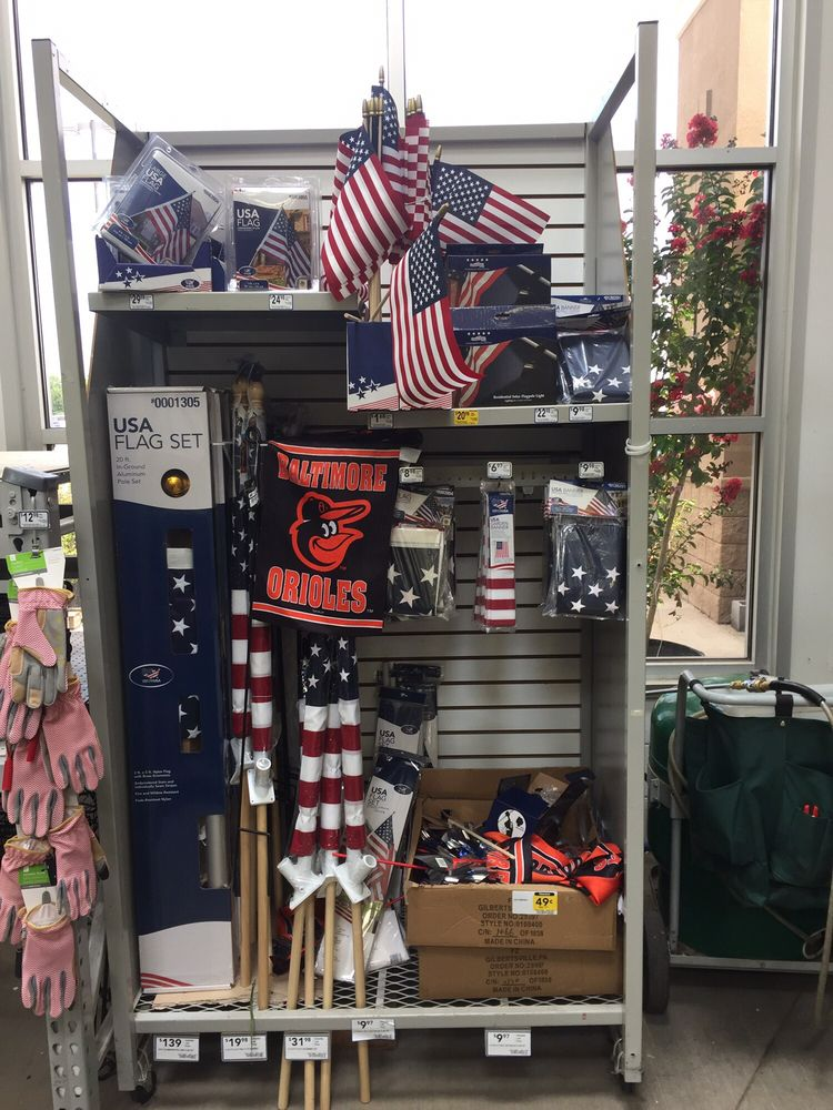 Lowe S Home Improvement 16 Reviews Hardware Stores 2085 Waterside Drive Prince George Va Phone Number Yelp