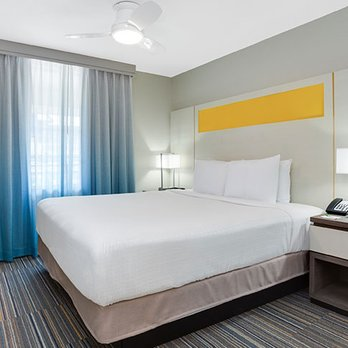 Holiday Inn Resort Orlando Suites Waterpark Updated Covid 19 Hours Services 395 Photos 256 Reviews Resorts 14500 Continental Gtwy Orlando Fl Phone Number Yelp,Black And White Wallpaper Bathroom