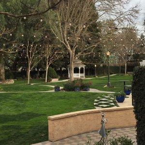 vintage gardens in modesto ca