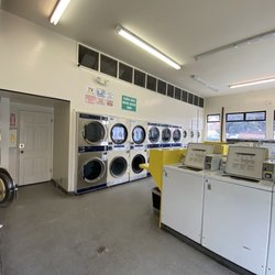 Best 24 Hour Laundromat Near Me December 2020 Find Nearby 24 Hour Laundromat Reviews Yelp