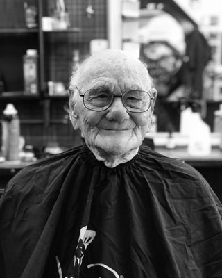 Tom S Barbershop 66 6718 Nw 39th Expy Bethany Ok Barbers Mapquest