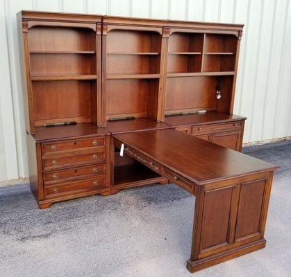 Bratz Consignment Furniture Warehouse, Consignment Furniture Warehouse