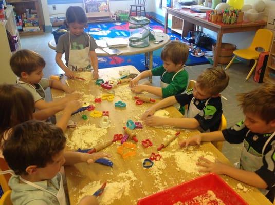 Sweet Pea Cottage Preschool Of The Arts 5801 Sand Point Way Ne Seattle Wa Preschools Mapquest