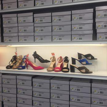 nine west shoe store near me
