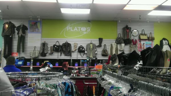 Plato S Closet Of Duluth 28 Reviews Used Vintage Consignment 2255 Pleasant Hill Rd Duluth Ga Phone Number Yelp