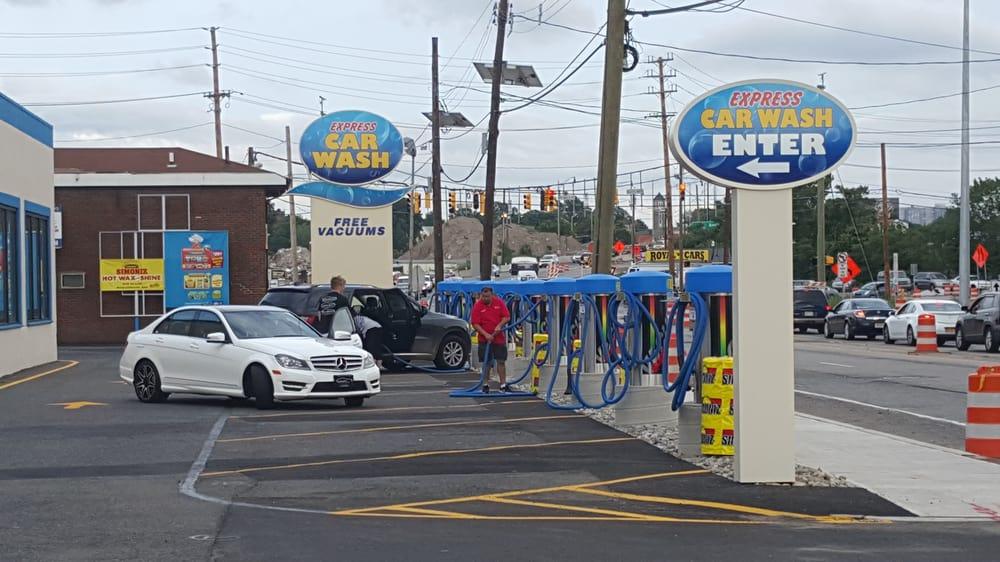 free vacuum car wash near me