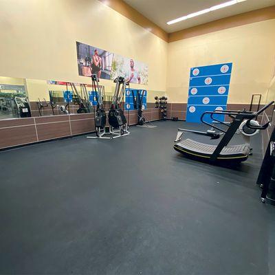 24 Hour Fitness Honolulu 1680 Kapiolani Blvd Honolulu Hi Health Clubs Gyms Mapquest