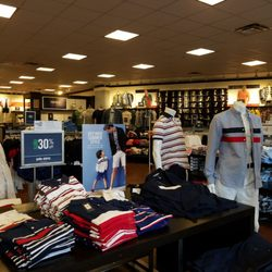 Abrumador Mal Brillar  Top 10 Best Tommy Hilfiger Outlet in Dallas, TX - Last Updated October 2020  - Yelp