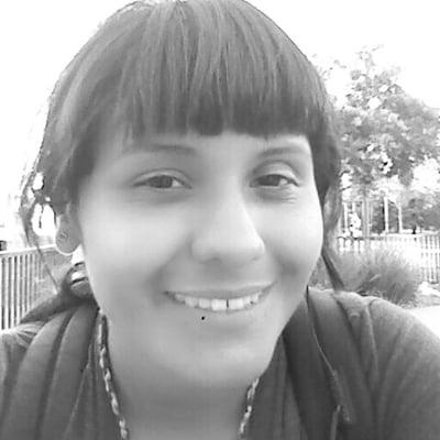 Ana Silvia V.