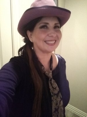Rosa Linda R.