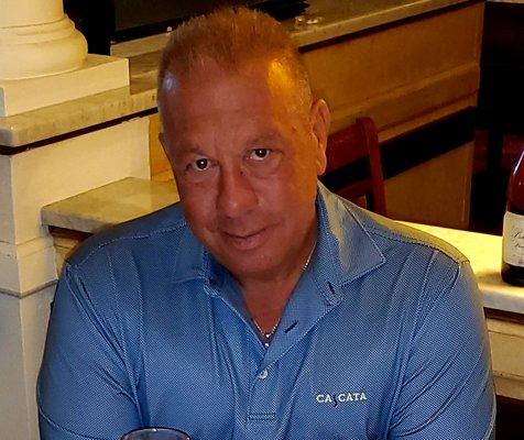 Tomas B.
