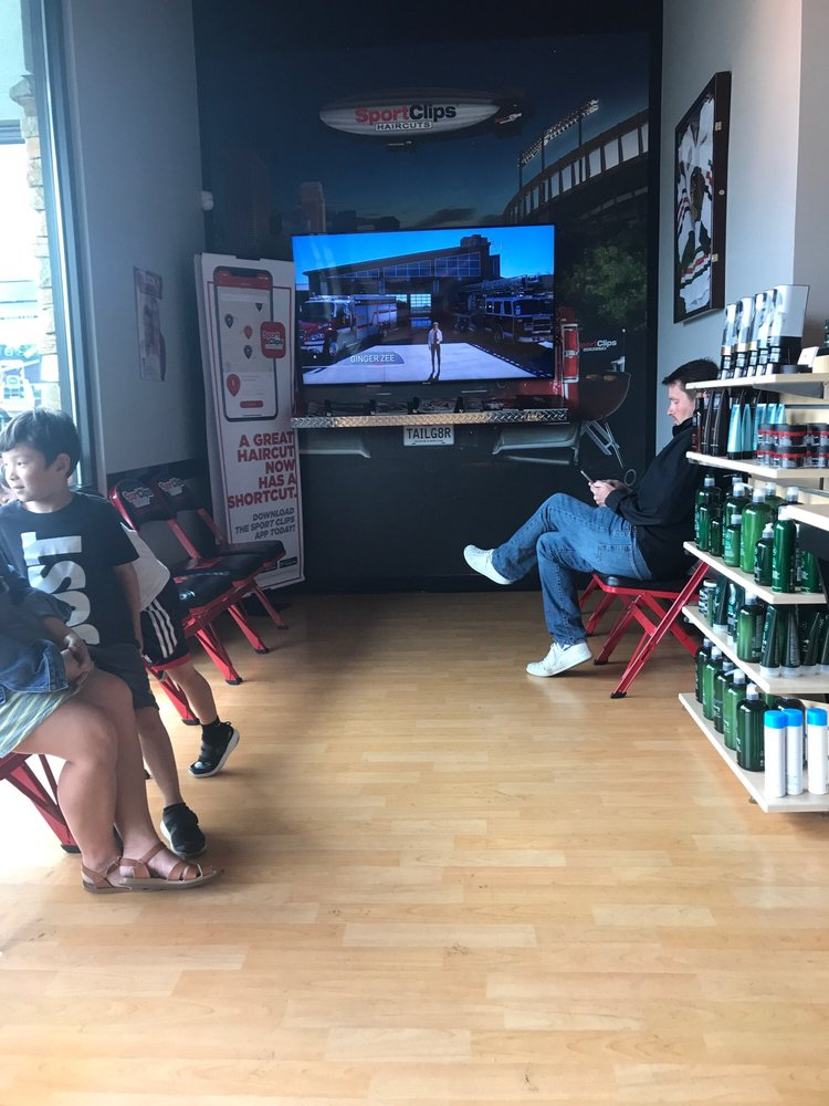 Sport Clips Haircuts Of Cedar Hills Shops Updated Covid 19 Hours Services 25 Photos 42 Reviews Barbers 3270 Sw Cedar Hills Blvd Southwest Portland Beaverton Or Phone Number Yelp